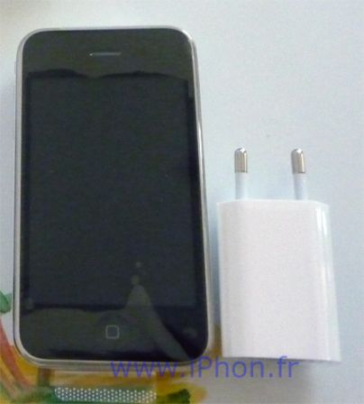 chargeur-iphone-3GS-4_m