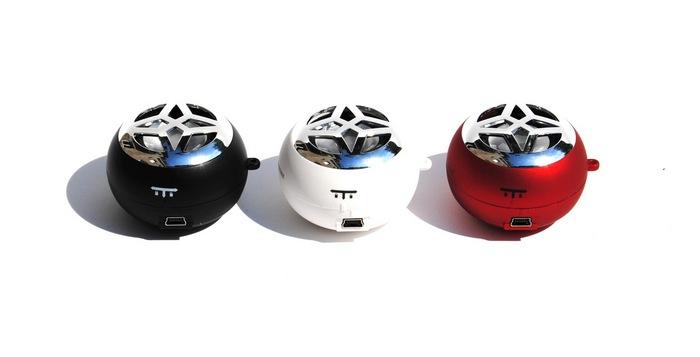 hi-Bomb: un piccolissimo ma potente speaker per avere la musica sempre con voi! | iSpazio Product Review