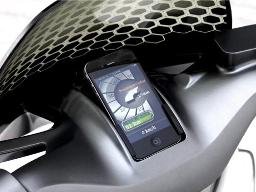 Un concept mostra come l'iPhone potrà essere utilizzato a bordo degli scooter del futuro!