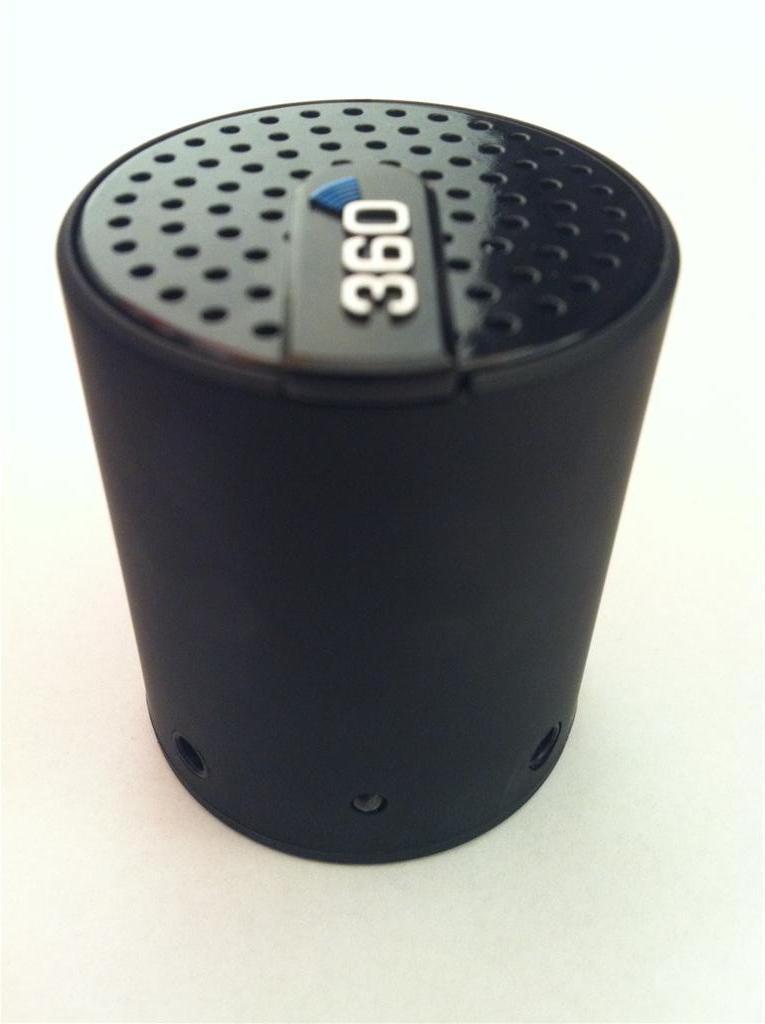 Veho 360 Bluetooth Speaker: un potente speaker portatile per ascoltare la musica in compagnia! | iSpazio Product Review