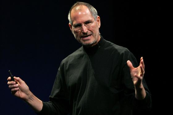 Steve Jobs risponde alle accuse sulla nuova politica dell'App Store