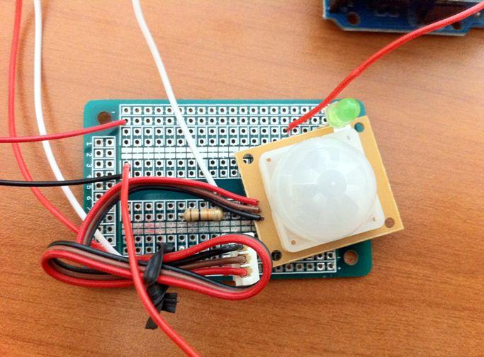 Pushme.to utilizzato insieme ad Arduino per sviluppare un allarme domestico