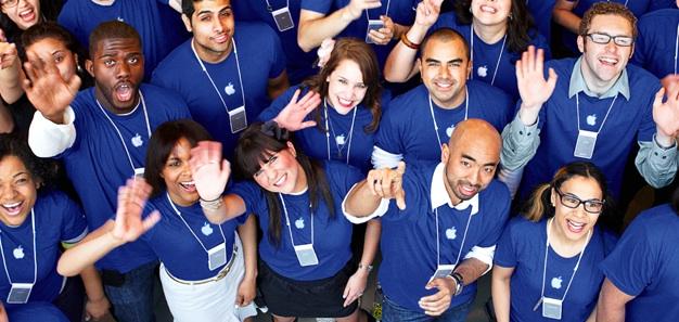 Apple vieta ai suoi dipendenti di parlare online della società