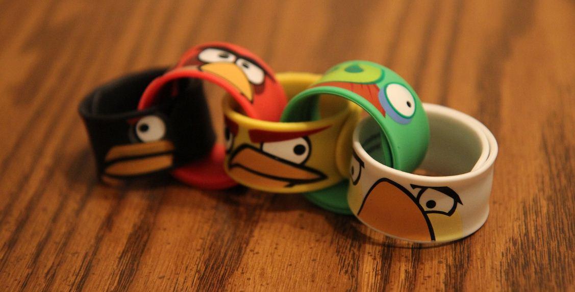 Angry Birds: in commercio anche i braccialetti slap