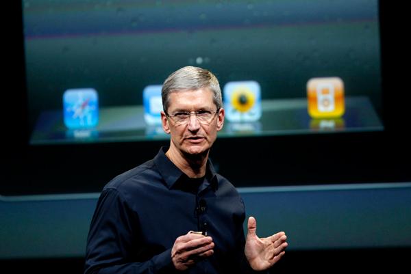 Tim Cook incontra l'assemblea degli azionisti commentando i successi di Apple