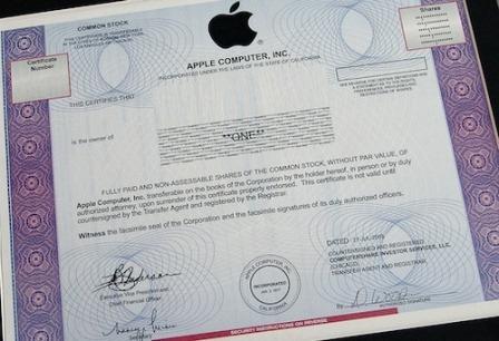 Nuovo storico record per le azioni Apple: in apertura il titolo tocca i 600$ ad azione