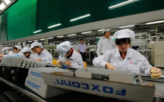 Apple migliora le condizioni di lavoro degli operai cinesi