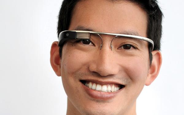 Google Glass? Ecco come sarà quando tutti ne avremo un paio | Humor