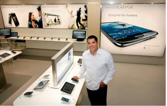 Inaugurato ieri a Vancouver il primo Samsung Store