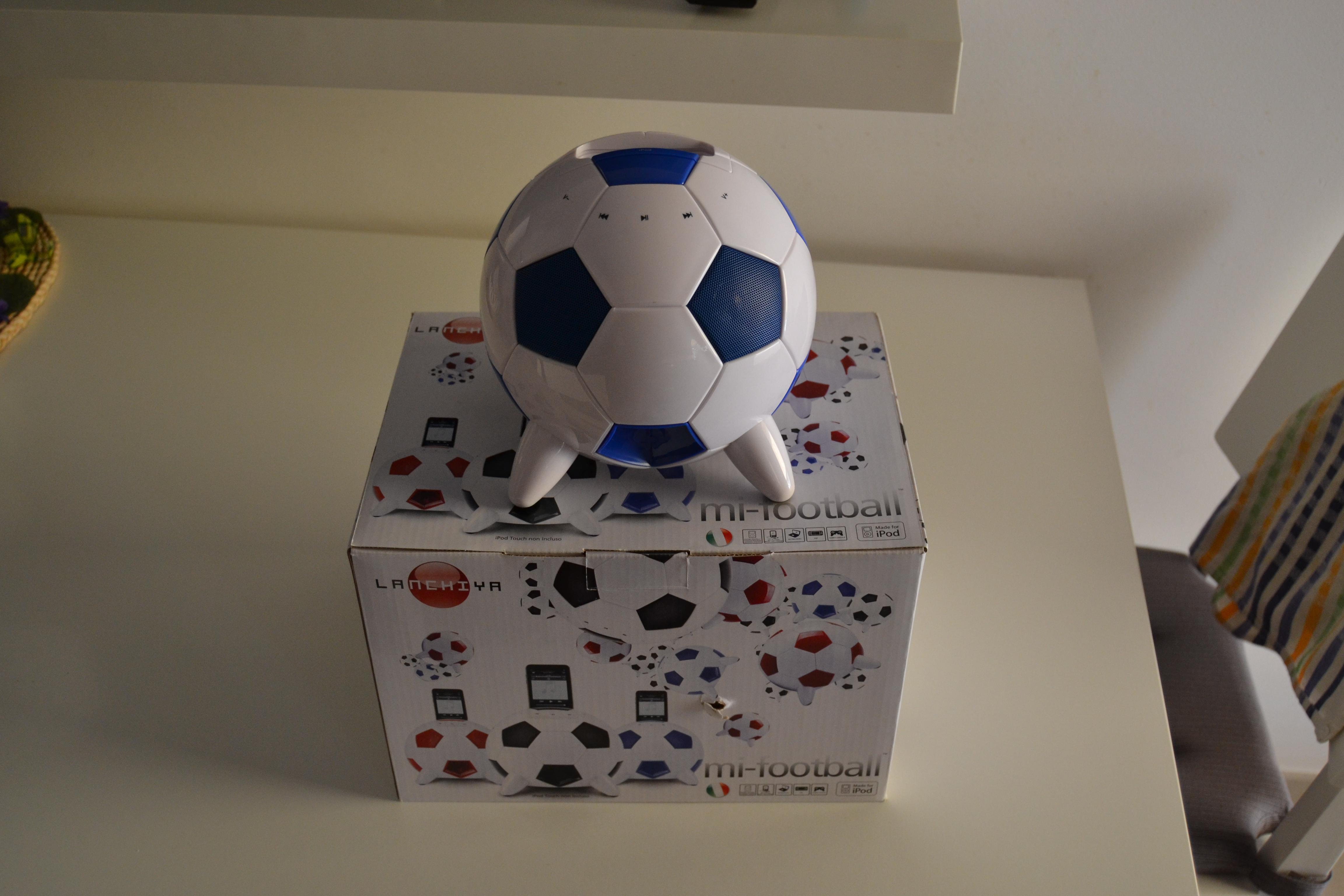 Speaker Aiino mi-Football: tanta potenza e un design originale | iSpazio Product Review