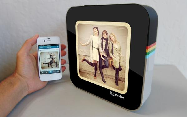 InstaCube porta le vostre foto di Instagram direttamente sul comodino di casa
