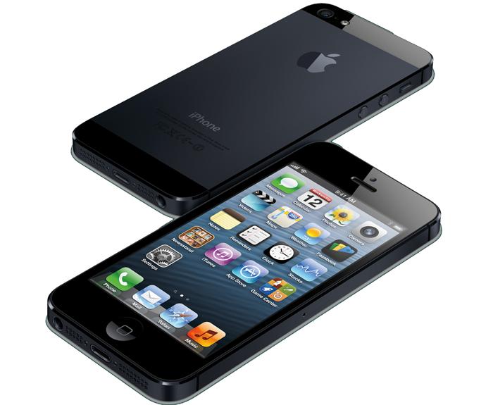 L'iPhone 5 viene sottoposto ai primi test di resistenza contro urti e cadute, confrontato con il Samsung Galaxy S3 [Video]