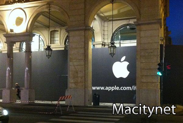 Compare il telone nero di Apple sul futuro Store di Torino: L'inaugurazione è vicina!