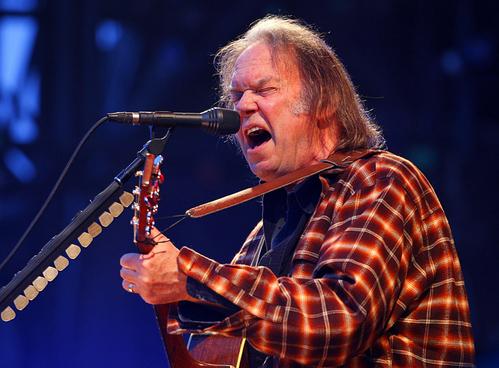 Pono: il progetto di Neil Young che sfida l'iTunes Store di casa Cupertino con la qualità