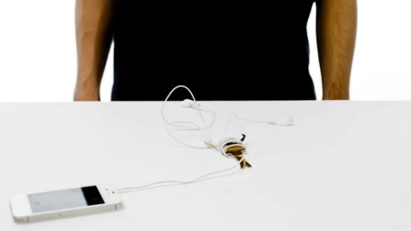 Pop Wrap: l'avvolgicavo fai-da-te per tenere in ordine le cuffie del nostro iPhone
