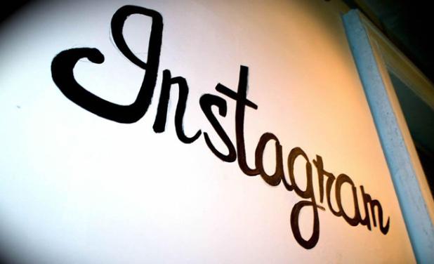 Instagram ritorna temporaneamente alle vecchie condizioni di servizio