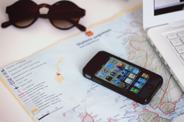 traveling iphone