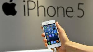 Tim Cook alla Goldman Sachs: possibile un iPhone con schermo più grande, ma non utilizzeremo pannelli OLED per via della loro scarsa qualità