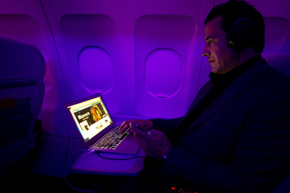 FAA: iPad può volare, iPhone ancora no
