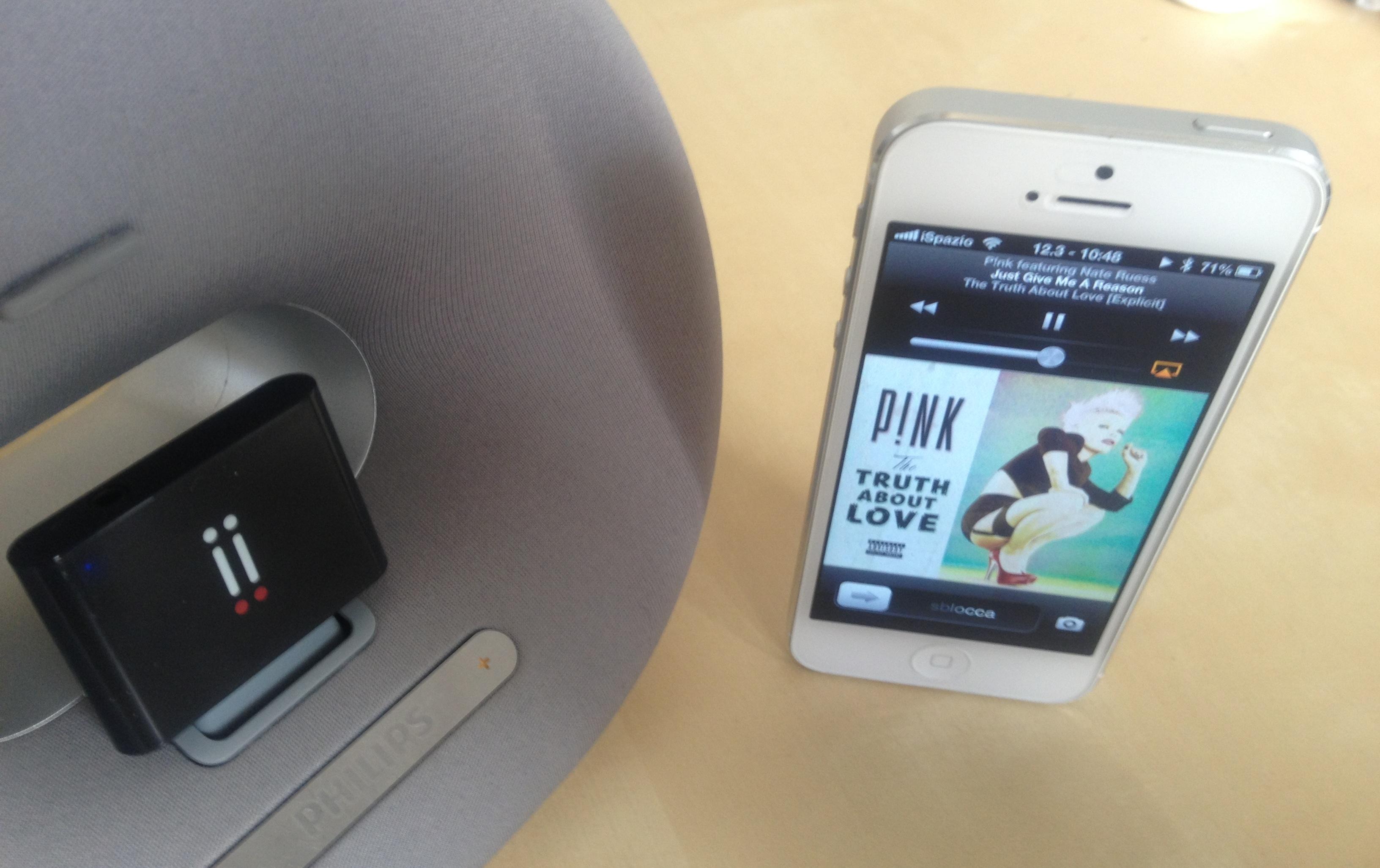 Bluetooth Receiver aiino: trasforma il tuo speaker dock 30pin in uno speaker bluetooth per iPhone 5 [Ora in offerta su Amazon]