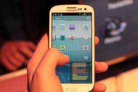 Samsung: la plastica è il materiale più idoneo per costruire gli smartphone