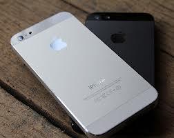 Riconfermate le indiscrezioni su iPhone 5S ed iPhone low-cost: nuovo 'Smart Flash' e presentazione a Luglio, dopo quella di iOS 7
