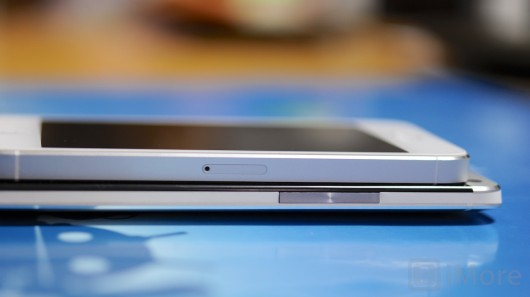 iphone_5_vs_htc_one_07