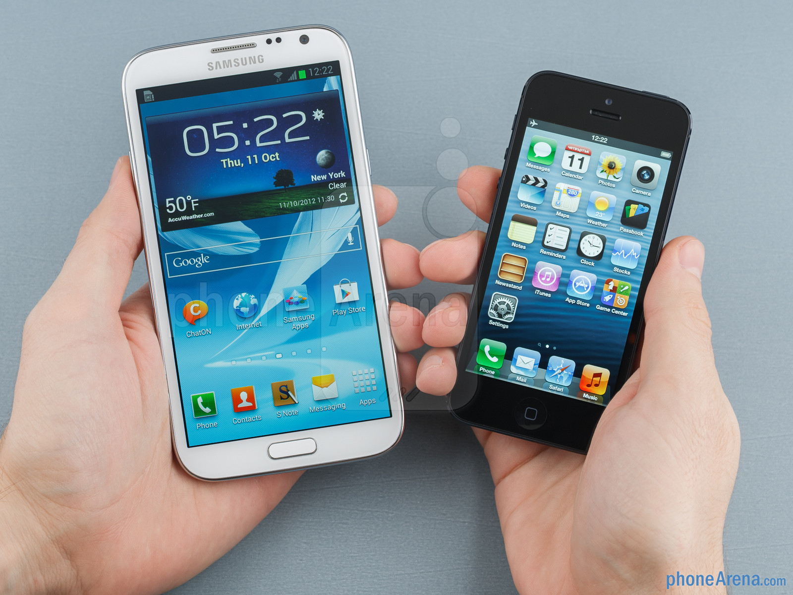 Samsung-Galaxy-Note-II-vs-iPhone-5-56