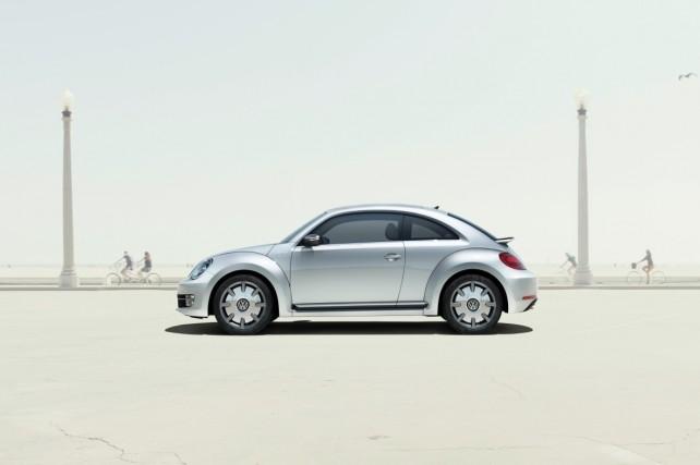 Volkswagen svelerà la nuova iBeetle a Shangai: la prima automobile interamente compatibile con iPhone