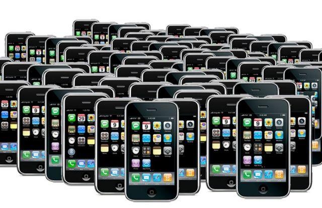 Apple registra il primo calo in Borsa dopo 10 anni: è l'inizio della fine?