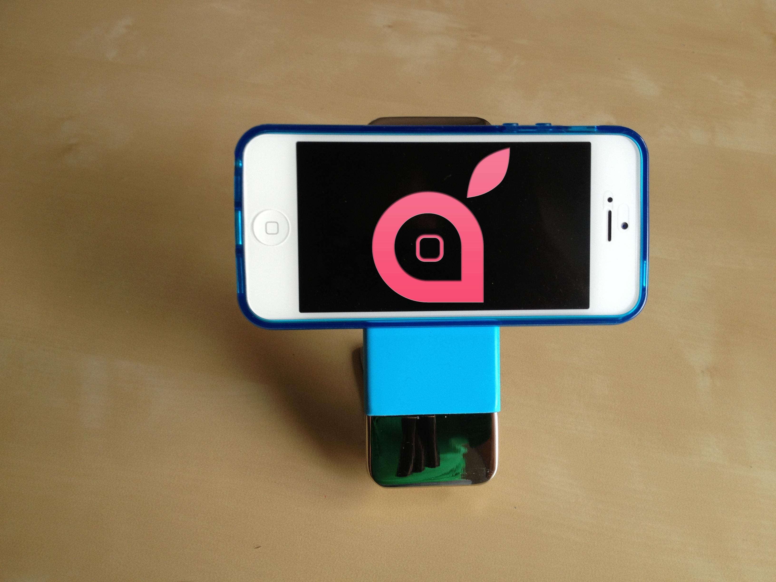 Supporto antiscivolo by Leben per iPhone 5 e non solo… | iSpazio Product Review