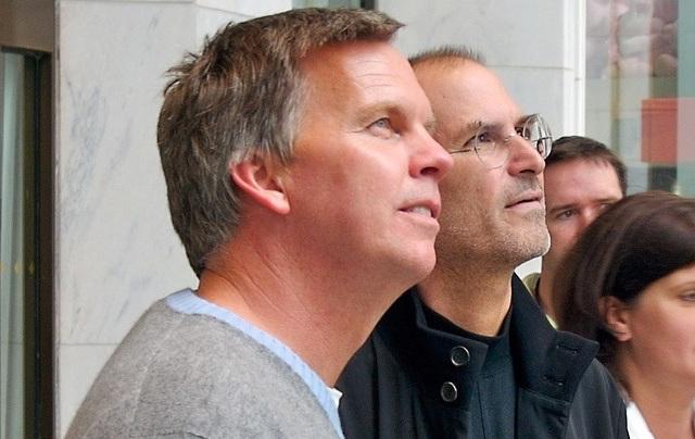 Ron Johnson lascia JC Penney: possibile il ritorno ad Apple?