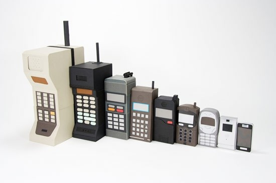 Ecco i 12 cellulari che hanno cambiato la storia della telefonia mobile