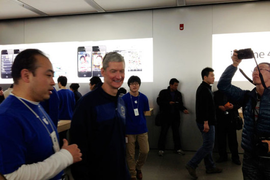 tim-cook-china-270312