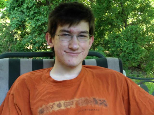 Brandon-Ashmore_640_20130516173537_640_480