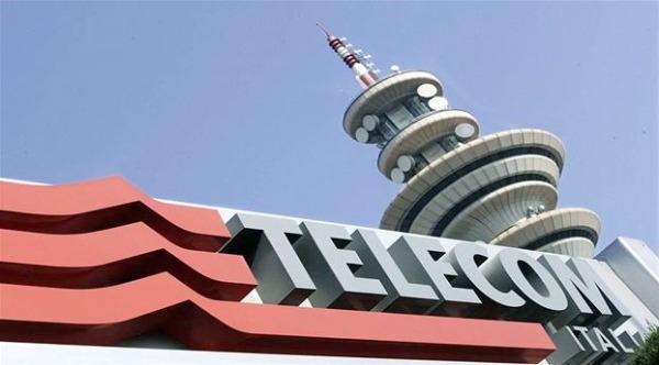 Telecom Italia verso lo scorporo della rete: la fusione con Tre può aspettare