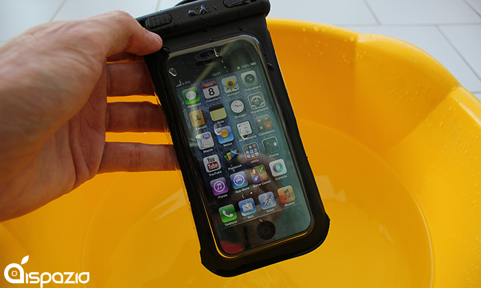 custodia iphone 6 sott'acqua