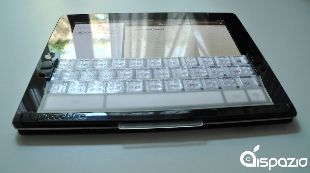 La tastiera digitale dell'iPad prende vita con Touchfire keyboard | iPadevice Product Review [Codice Sconto all'interno]