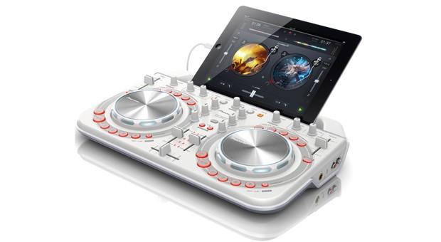 Pioneer annuncia la seconda generazione della console DDJ-WeGO2 compatibile anche con dispositivi iOS!