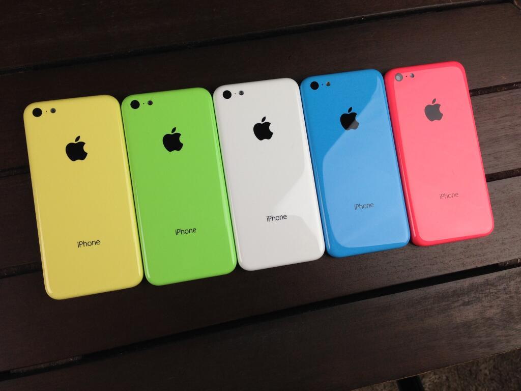 iPhone 5C: ecco tutti i colori disponibili in un video unboxing