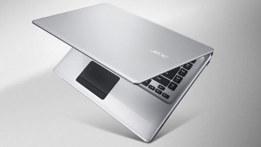Acer_Aspire E1_4xx_silver_front