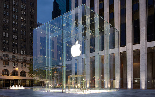 Apple-Store-Fifth-Avenue-exterior-001