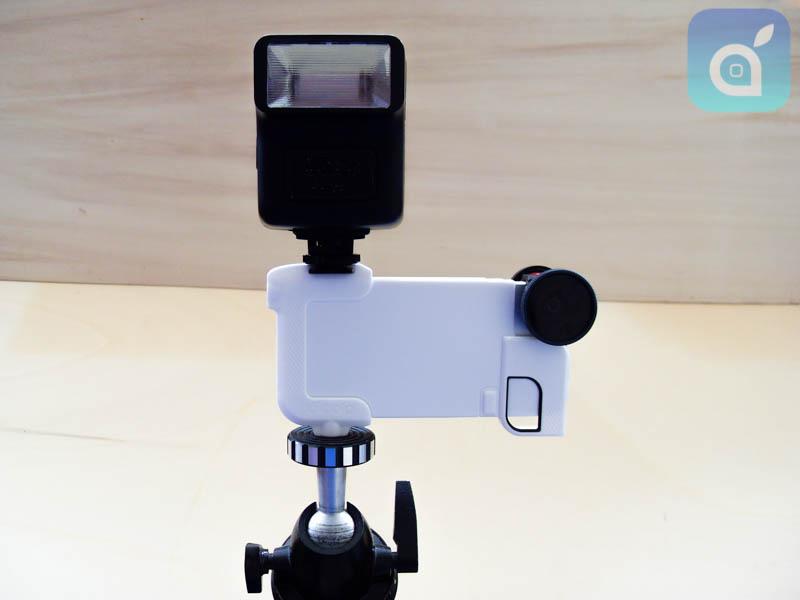 Olloclip Quick-Flip Case: la cover che protegge l'iPhone anche con le lenti e si fissa saldamente al cavalletto | iSpazio Review