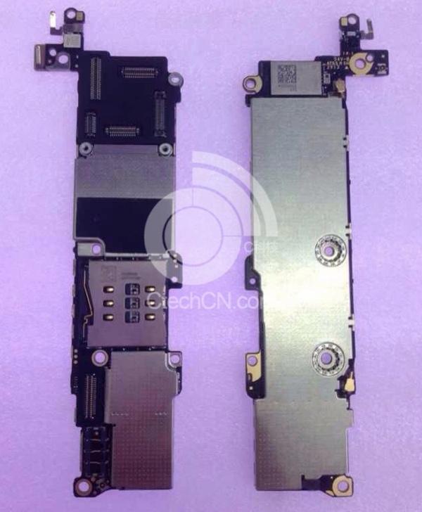 iPhone 5C: spunta in rete la foto della scheda madre