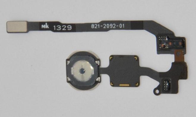 Nuove immagini in alta risoluzione mostrano il presunto sensore tattile di iPhone 5S