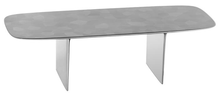 Dopo la fotocamera digitale Leica, ecco la scrivania progettata da Ive!