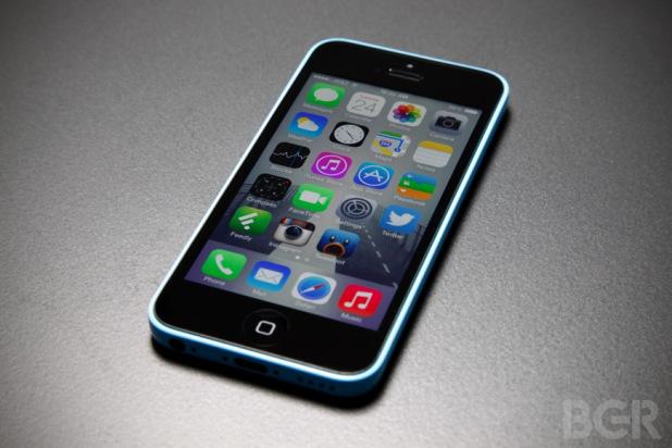 Le vendite degli iPhone continuano a salire, ma fino a quando?