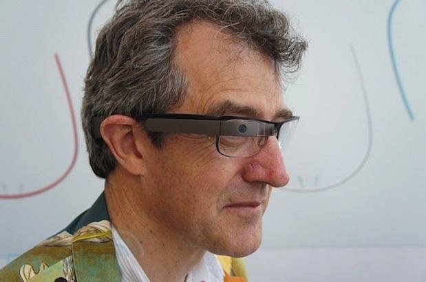 Google Inc. collabora con Rochester Optical per ridefinire il design dei Google Glass
