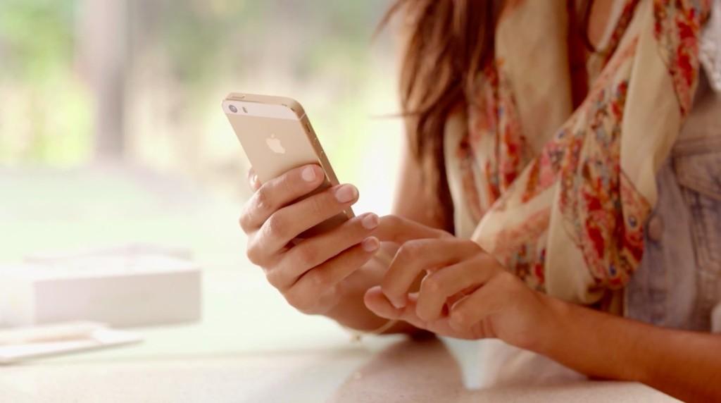 iOS-7-teaser-iPhone-5s-ad-009-1024x572