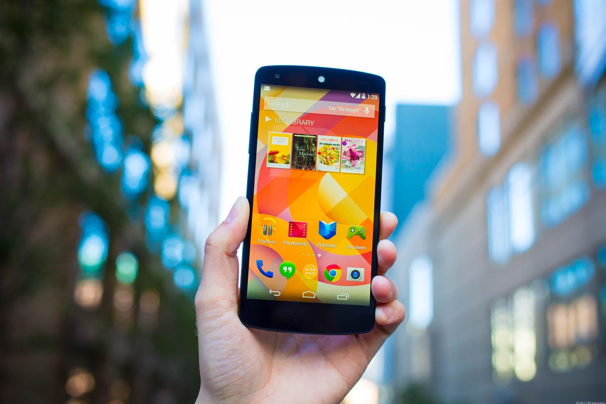 Nexus 5: come si comporta con i graffi e le cadute?